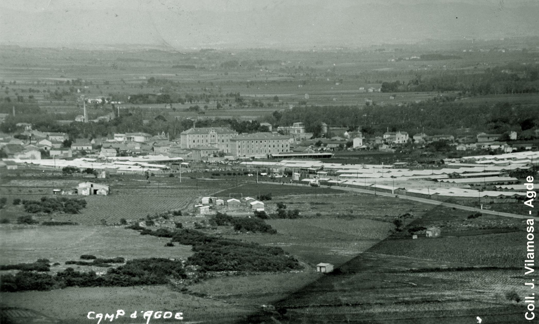 Vue aerienne surplombamt le camp d'Agde